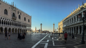 Takto během dne náměstí San Marco neuvidíte! (ráno)