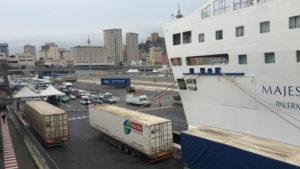 V přístavu Janov