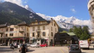 Pohled na ledovec pod Mont Blancem