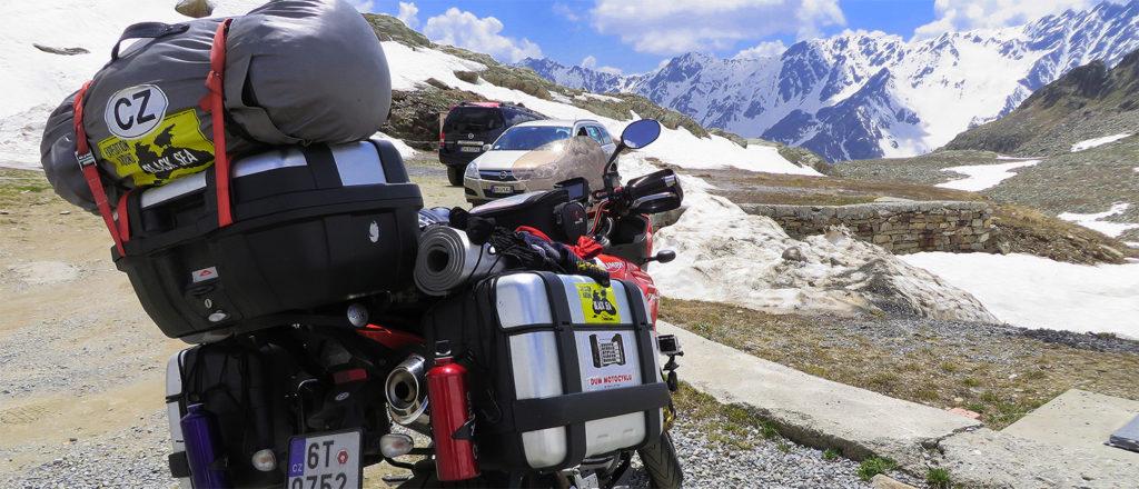 Alpy na motorce, cestopis