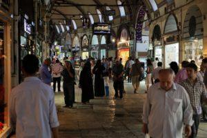 Interiér Grand bazaru v Istanbulu