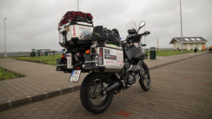 Zastávka v Maďarsku, nedaleko hraničního přechodu do Rumunska