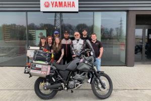 S týmem Motoparku Ostrava, který motorku připravoval.
