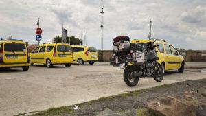 Na Nessebaru jsem požádal taxikáře a motorku jsem tu nechal zaparkovanou zadarmo